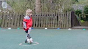Sports Crew Football-001
